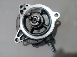 14792AA001 14792AA000 14792AA020 вакуумный насос Subaru 2,0D