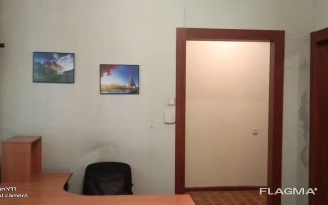 2-к квартира на 1 этаже со своим входом. Район пр. Пушкина