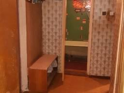 2-комнатную квартиру в районе Бажанова 1/9 торг