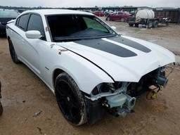 2014 Dodge Charger R/, 5. 7L 8, 146244 км, Седан 4-дверный. ..