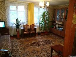 Часть дома - 3-хкомнатная квартира. пгт. Ворзел. Сосновый лес