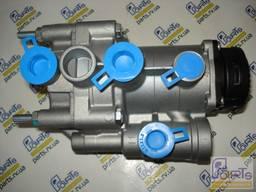 3312032 Четырехконтурный защитный клапан