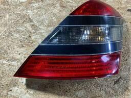Фонарь задний правый на Mercedes-Benz S-Класс W221