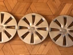 42602-02340 4260202340 колпак R15 Toyota Corolla Auris 12-18