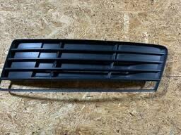 4L0807795 - Заглушка (решетка) в бампер Audi Q7 (4L)