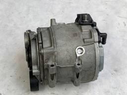 4N0903028D генератор Audi A4, A5, A6, A7, A8 3. 0 TDI.