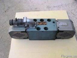 54 ПГ73-12 В220 гидрораспределитель.