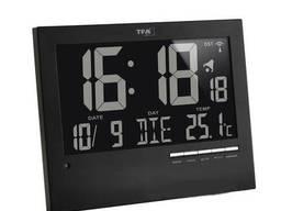 604508 Часы настенные TFA цифровые с автоматическим подСвечаванием, 230x31(80)x185 мм