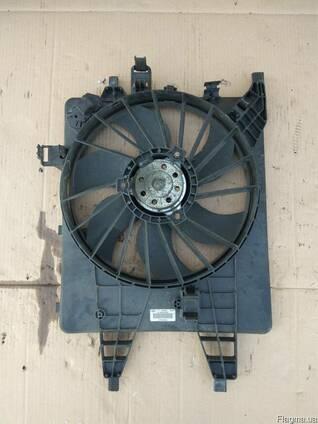 8200427466 Диффузор с вентилятором Renault Kangoo II 08-16