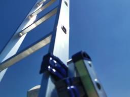 Алюминиевая трехсекционная универсальная лестница
