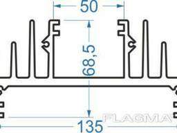 Алюминиевый радиаторный профиль 135x68, 5 мм без покр, в. ..