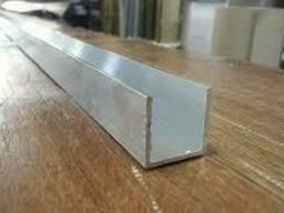 Алюминиевый швеллер C 18 20,5х8