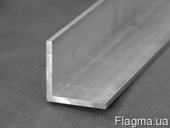 Алюминий уголок 25х15.1,5 б. п.