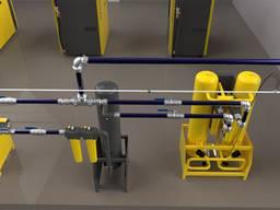 Монтаж аллюминиевых трубопроводов для передачи воды.
