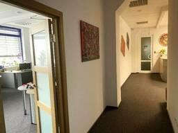 Аренда офисных помещений в бизнес-центре класса Б ул. Лейпцигская