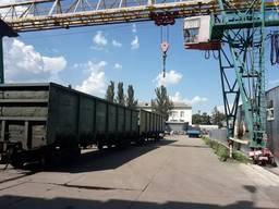 Аренда территории с двумя железнодорожными ветками и техникой для перевалки, обработки и х