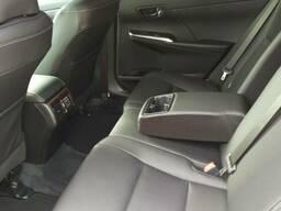 Аренда Toyota Camry с англоязычным водителем - фото 4