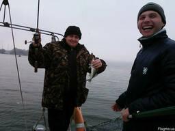 Аренда яхты для рыбалки Днепр