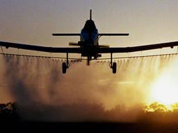 Авиационно-химическая обработка полей инсектицидами