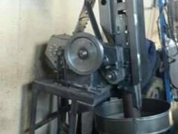 Автомат для укладки викельных колец в крышки СКО І-82