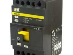 Автоматический выключатель ВА 88-32 3п 32А ИЭК