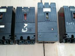 Автоматичний вимикач А3726 ФУЗ 200А, 250А