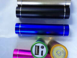 Автономная портативная USB зарядка power bank 2600mA/h 1A с