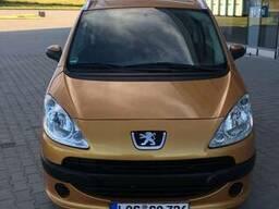 Авторазборка Peugeot 1007. запчасти новые и Б\У оригинал.