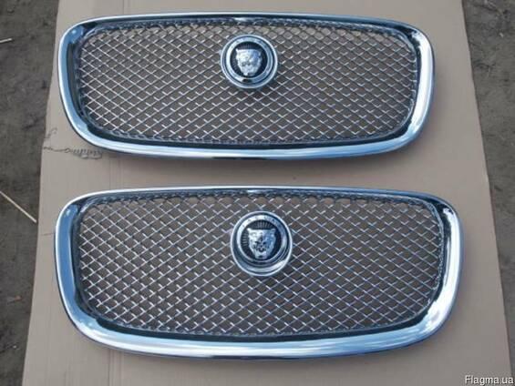 Б/у новая решетка радиатора Jaguar XF