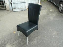 Продам стулья из кожзама черные б/у в ресторан, кафе, конфер