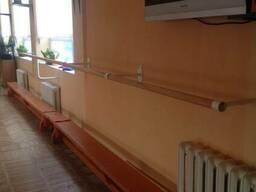 Балетный хореографический станок с креплением в стену