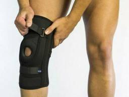 Бандаж для фиксации коленной чашечки неопреновый Алком 4038, 5, 6 размер, черный