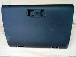 Бардачок MR402402 на Mitsubishi Pajero Wagon 3 00-06 (Митсуб