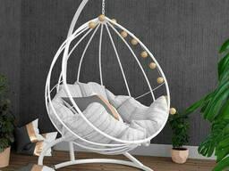 Белое подвесное кресло из металла в стиле лофт
