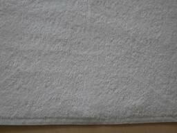 Белые пушистые полотенца 50*100