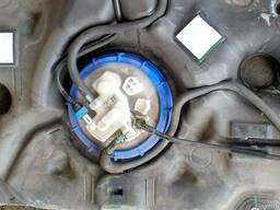Бензонасос 77020-12570 на Toyota Auris 07-12 (Тойота Аурис)