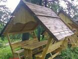 Беседка деревянная под камышом - фото 2