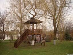 Беседка для игры на дереве