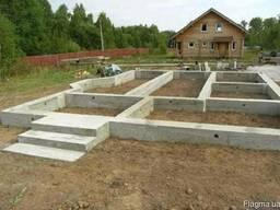 Бетонные работы, заливка бетона, строительные работы.