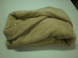 Бежевые махровые халаты ворот шаль