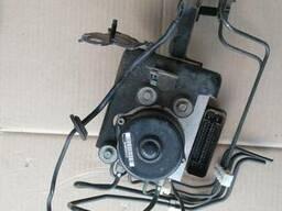 Блок АБС (Блок ABS) 47660-CC084 на Nissan Murano Z50 03-08 (