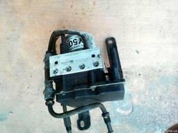 Блок АБС (Блок ABS) 58910-3E500 на Kia Sorento 06-09 (Киа Со