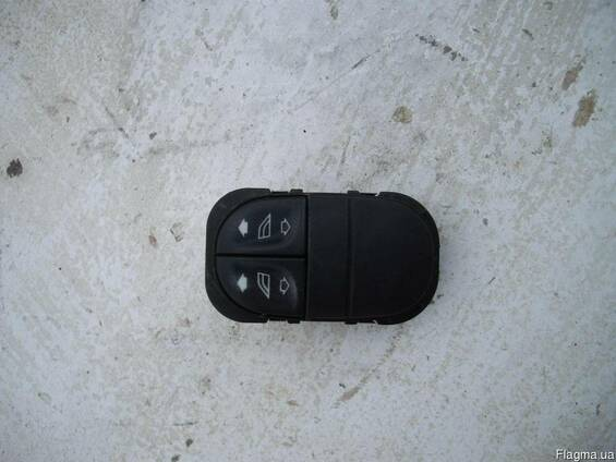 Блок кнопок стеклоподъемника Ford Escort MK7 (1995г-2000г) 9