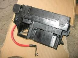 Блок коробка предохранителей Opel Astra H Zafira B