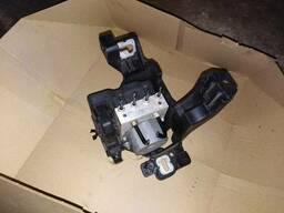 Блок управления ABS Opel Meriva B 13435691