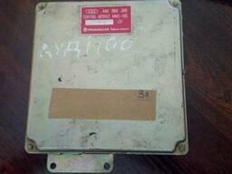 Блок управления двигателем Audi 100 C4 2. 8i номер 4A0906266