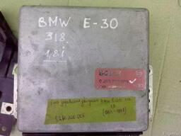 Блок управления двигателем BMW 318 E-30. 1.8i (1984г-1988г)