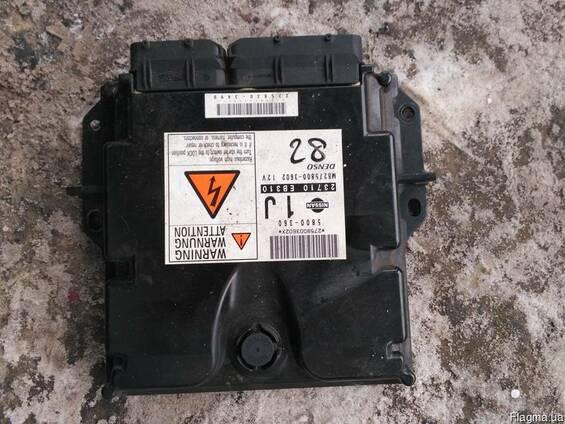 Блок управления двигателем (ЭБУ) 23710-EB310 на Nissan Navar