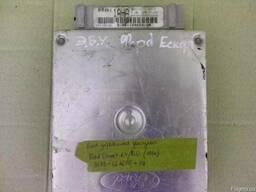 Блок управления двигателем Ford Escort 1.4 / 2.0 (1992)