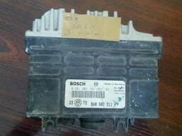 Блок управления двигателем Golf 3 0261203184; 8A0907311H - фото 1